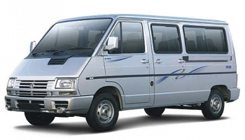 Hire an TATA WINGER TAXI in Goa