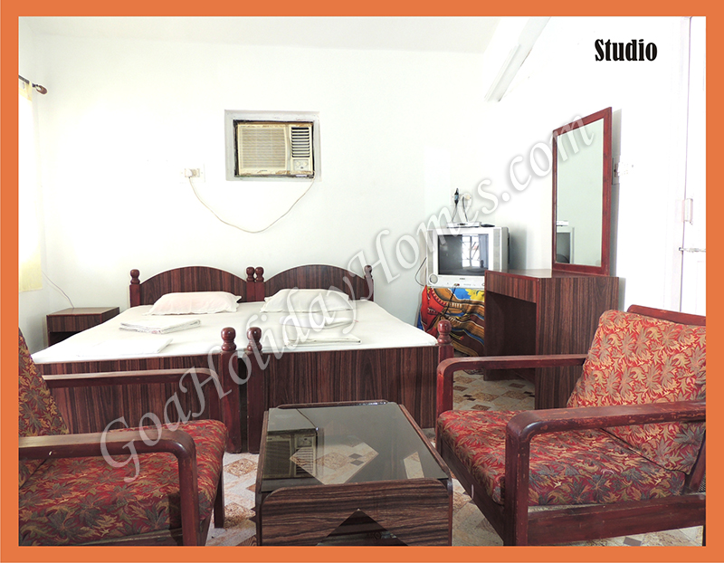 Photos gallery clarem guest house located in varca - Guest house in goa with swimming pool ...