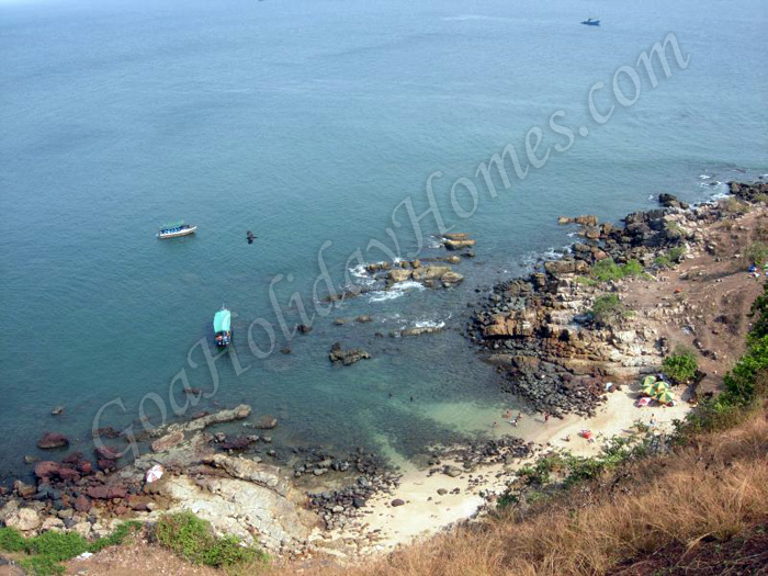 Pequeno / Bat Island in Goa in Goa
