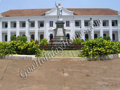 Bishops Palace in Goa