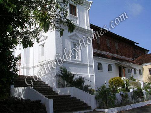 Shree Sateri Devasthan