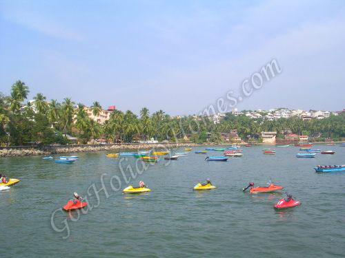 Dona Paula Beach In Goa in Goa