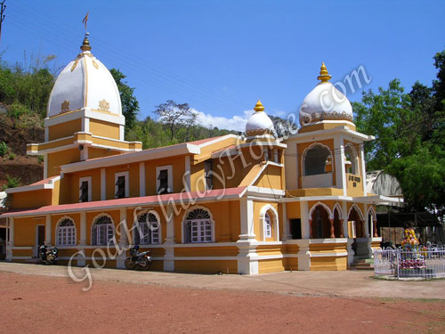 Shri Navdurga Saunsthan in Goa