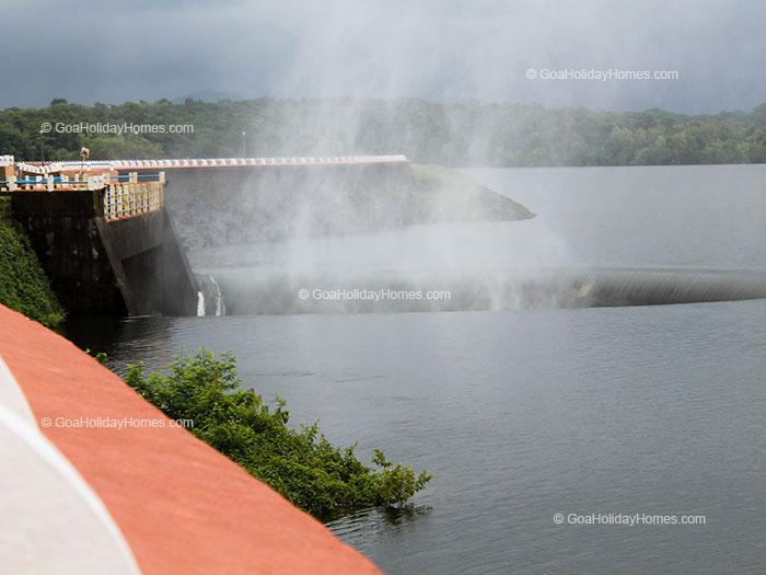 Selaulim Dam in Goa