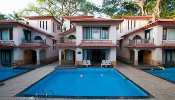 Looking for accommodation in calangute goa we provide stay at goa beach resorts accommodation for Guest house in goa with swimming pool